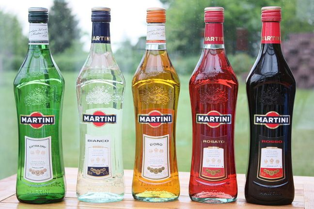 Five varieties of Martini & Rossi vermouth © Politikaner