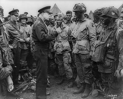 Gen. Dwight Eisenhower giving orders to American paratroopers in England, June 6,1944.