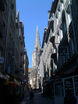 The view of Cathédrale Saint-Vincent as we entered the old city