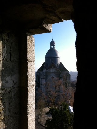 Another view of La Collégiale Saint-Quiriace
