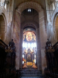 The nave and the high altar, La Basilique St-Sernin