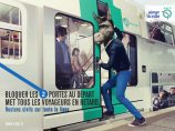 """Blocking the two doors at departure makes all the passengers late."" © RATP"