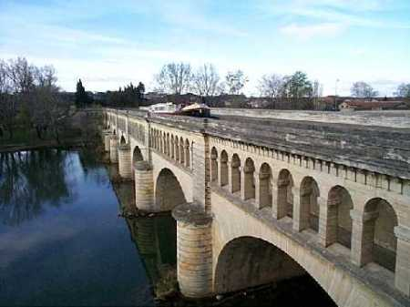 Beziers_pont_canal