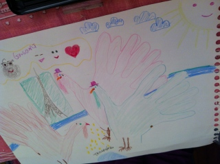 Even MORE hand turkeys promenading around Paris!